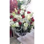 Cam İçinde Kırmızı Güller Kazablanka Lilyum Şebboy